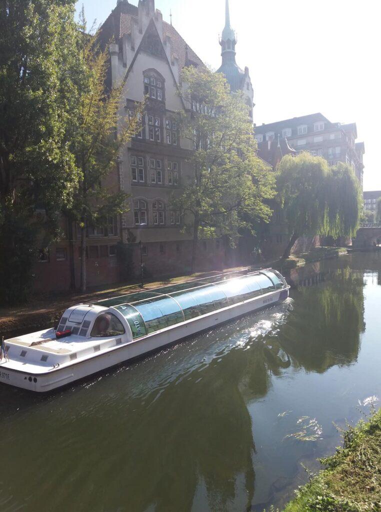 Cauta? i omul Strasbourg